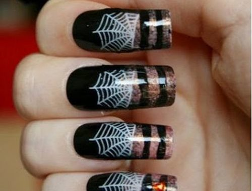 30 Fanciful Halloween Nail Art in 2017