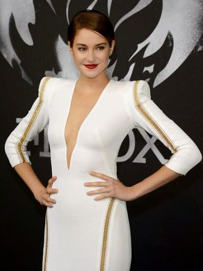 Shailene Woodley Lovely Beautiful Party Dress and Hairstyle Ideas