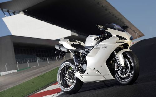 White color sports bike pics and images