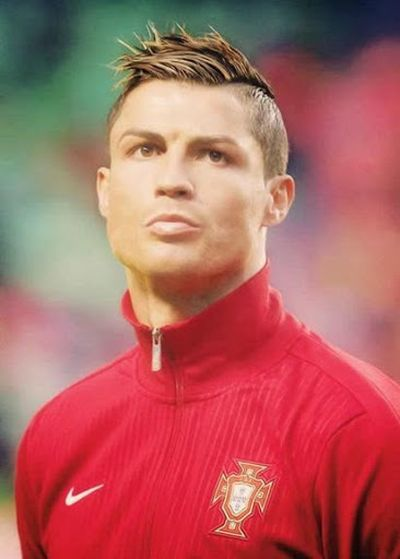 22 pictures of cristiano ronaldo fashion and hairstyle fashionwtf side shaved spike cristiano ronaldo hair 2014 urmus Choice Image