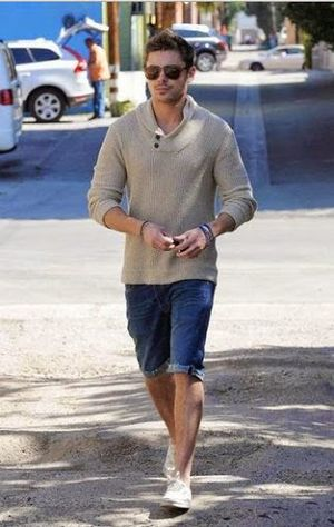 Street Lifestyle and Fashion for Zac Efron