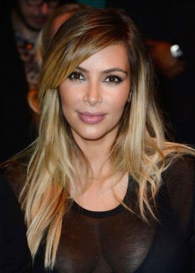 20. Kim Kardashian Blond Layered Cut Hair Ideas