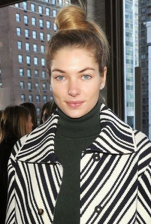 Jessica Hart Top Knot Bun Hairstyle