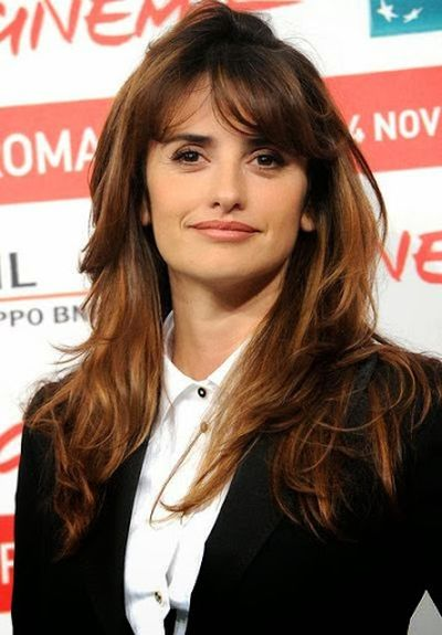 Penelope Cruz Lovely Wavy and Loose Bangs Haircut