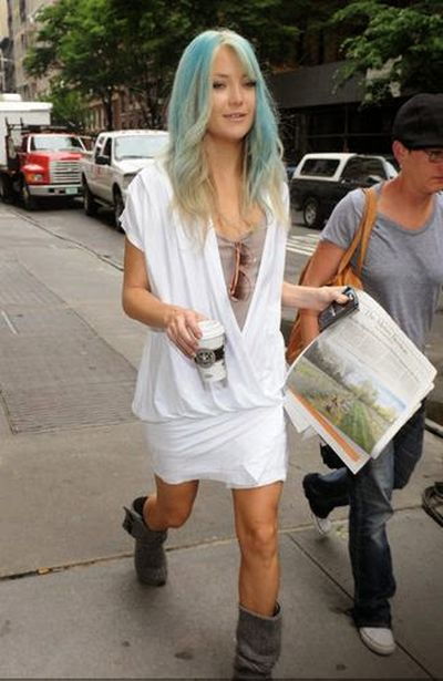 Kate Hudson Straight Blue Hairstyle Look