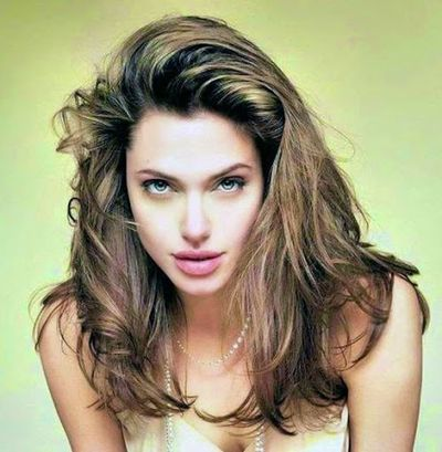 Messy Hair With Chunky Color Hairstyles for Angelina Jolie