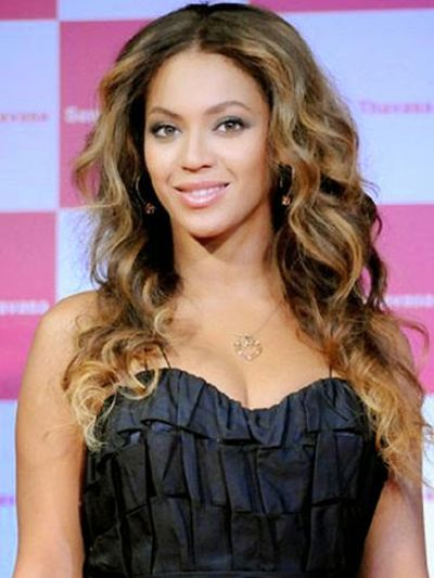 Medium Chestnut Brown Hair Colored for American Singer Beyonce Knowles
