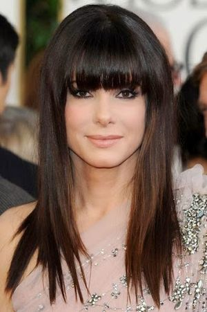 Sandra Bullock in Golden Global Award Show Very Attractive Straight Hair With Bangs Look