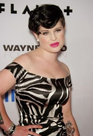 Kelly Osbourne Mini Mohawk Short Hairstyle