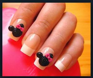 Very Beautiful and Lovely Mickey Mouse 3D Nail Art