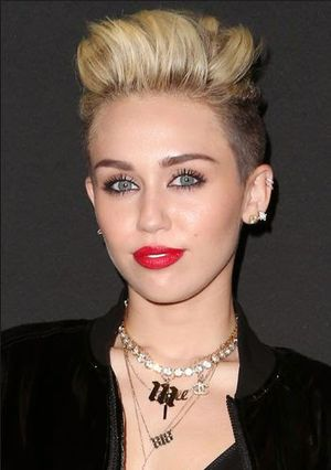 Miley Cyrus Undercut Hairstyle Ideas