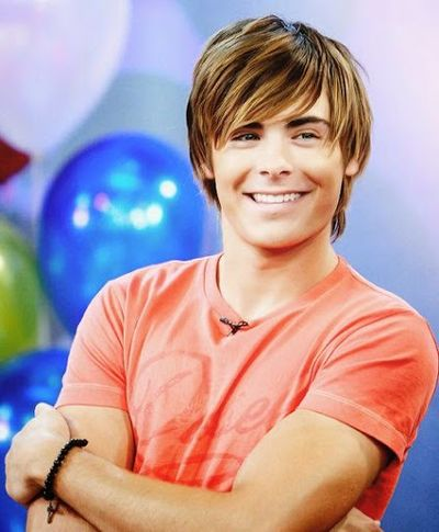 Zac Efron Fully Straight Shaggy Hair Look