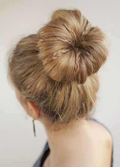Super Cool Mini Braid Bun Hairstyles