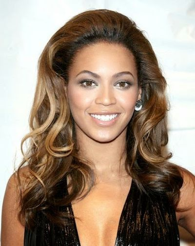Long Wavy Cut Hairstyle of Beyonce Knowles