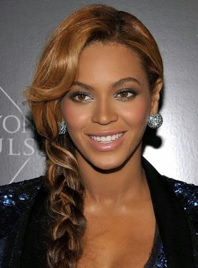 Up-Do Long Curly Casual Hairstyle of Beyonce Knowles