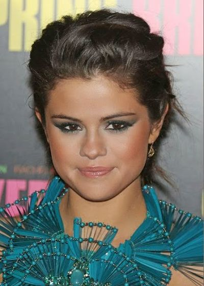Wavy Updo Hairstyle and Smokey Eyes With Selena Gomez Look