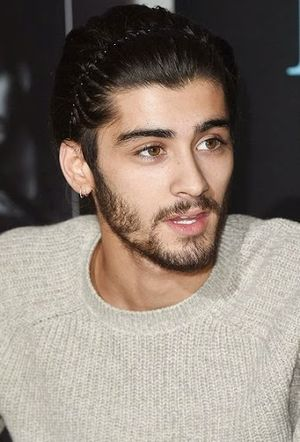 Zayn Malik 90s Haircut with Headband Hair Ideas in October 2014